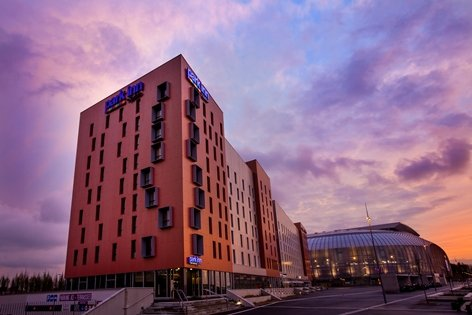 Park Inn by Radisson Lille Grand Stade ****
